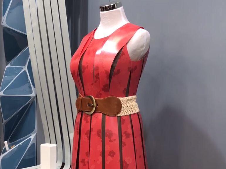 EInk dévoile une robe futuriste qui change toute seule de couleur