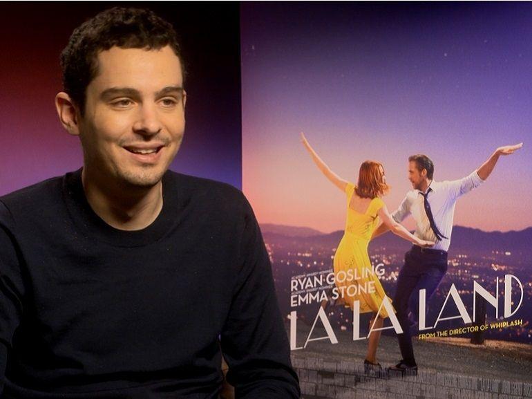 """Damien Chazelle, le réalisateur oscarisé de """"La La Land"""" tournera une série à Paris pour Netflix"""