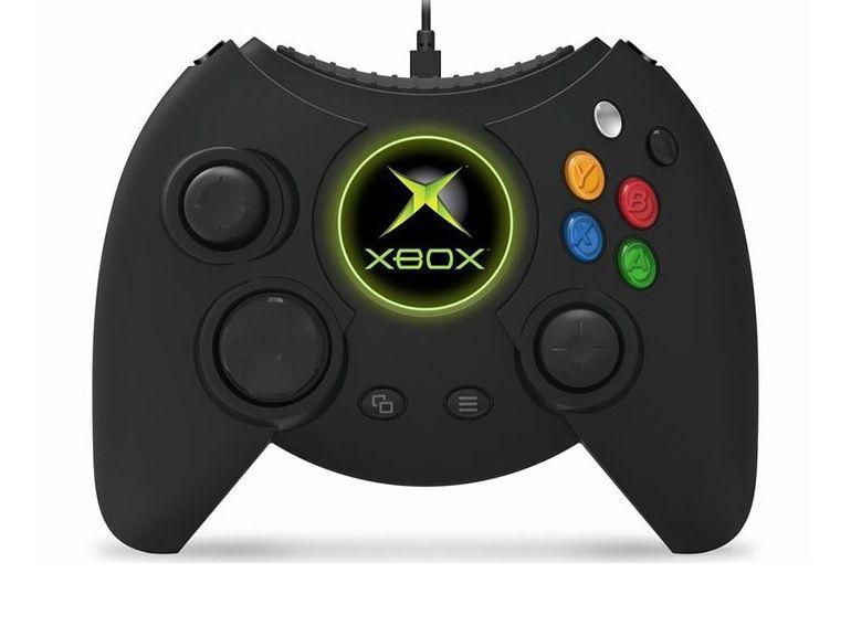 """La manette """"Duke"""" de la première Xbox de retour sur la Xbox One"""