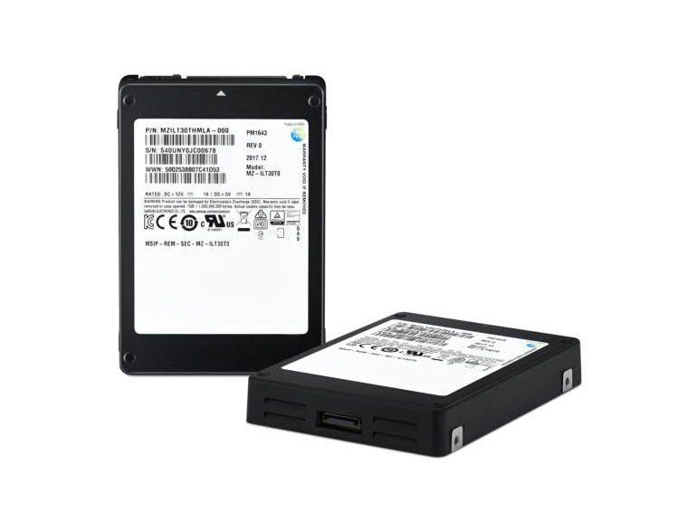 Samsung dégaine un SSD de 30 téraoctets