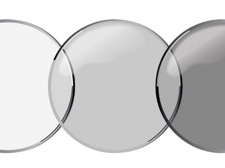 Les lentilles de contact qui s'assombrissent au soleil en vente courant 2019