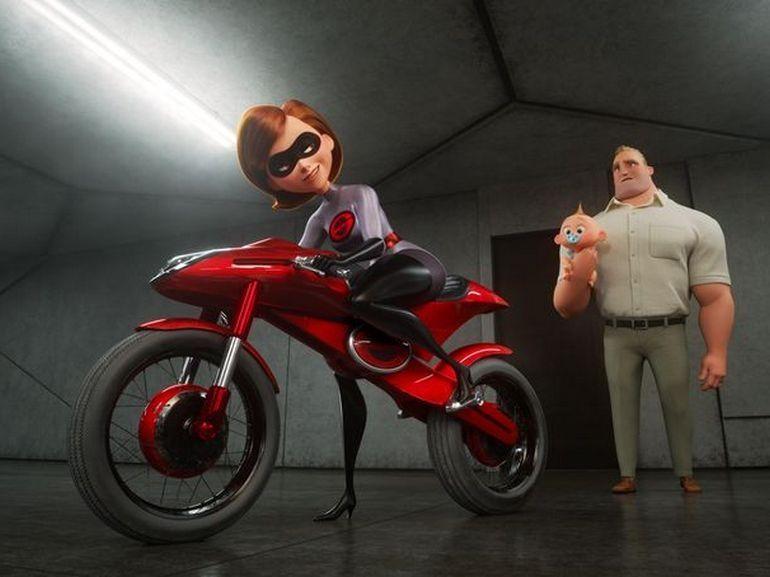 """Critique de """"Les Indestructibles 2"""" : un vent de fraîcheur dans le monde des superhéros"""