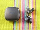 Test Sony WF-SP700N : bons, mais quelques défauts gênants