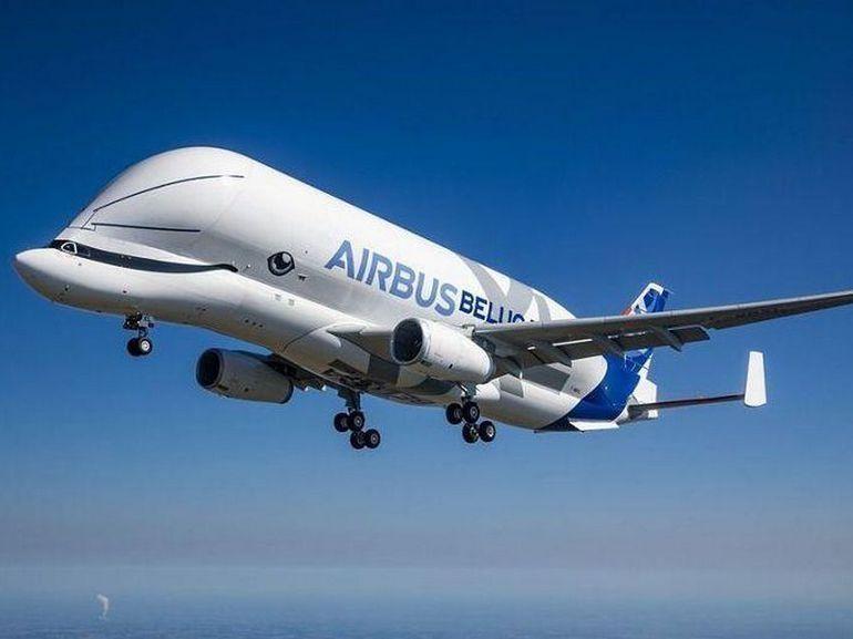 L'avion-cargo géant d'Airbus, le Beluga XL, réussit son vol inaugural