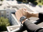 Précommandez la Galaxy Watch SM-R800 chez Boulanger et recevez un chargeur sans fil !