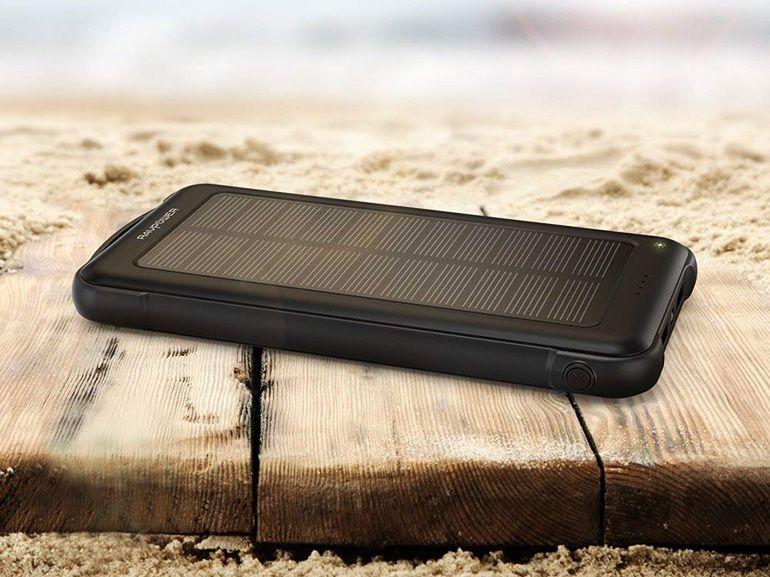 Test de la batterie externe RAVPower grande capacité avec recharge solaire