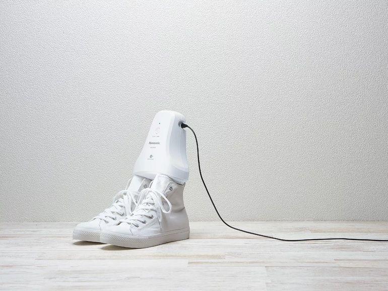 Vous en rêviez, Panasonic l'a fait, le MS-D100 détruit les mauvaises odeurs des chaussures