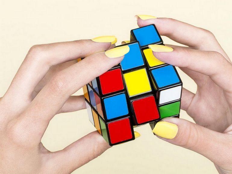 """Ce Rubik's Cube """"autonome"""" est plus intelligent que nous"""