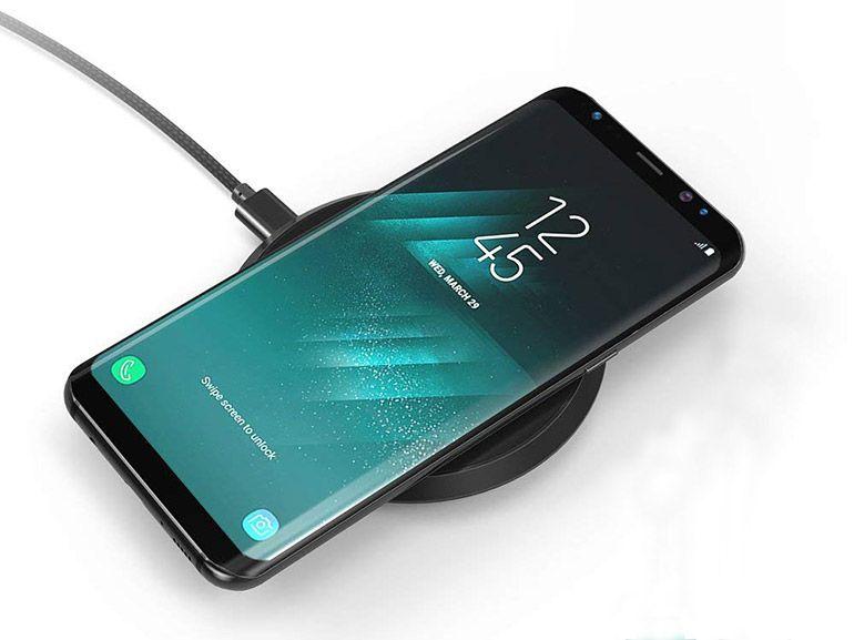 Bon plan : un chargeur Qi sans fil Quick Charge pour iPhone ou Samsung à 10,49€