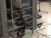 Ce robot-serpent peut grimper à une échelle