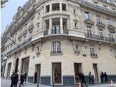 Le plus grand Apple Store français ouvre ce dimanche sur les Champs-Elysées, notre visite guidée