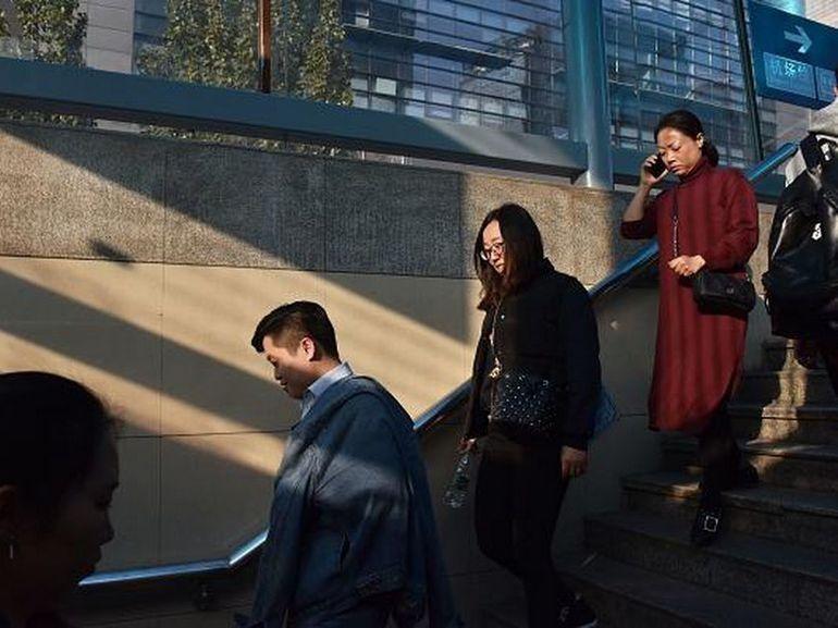 Chine : une techno de surveillance pour identifier les gens par leur démarche