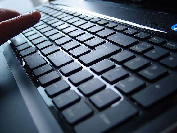 Les meilleurs claviers 2021 pour la bureautique avec ou sans fil