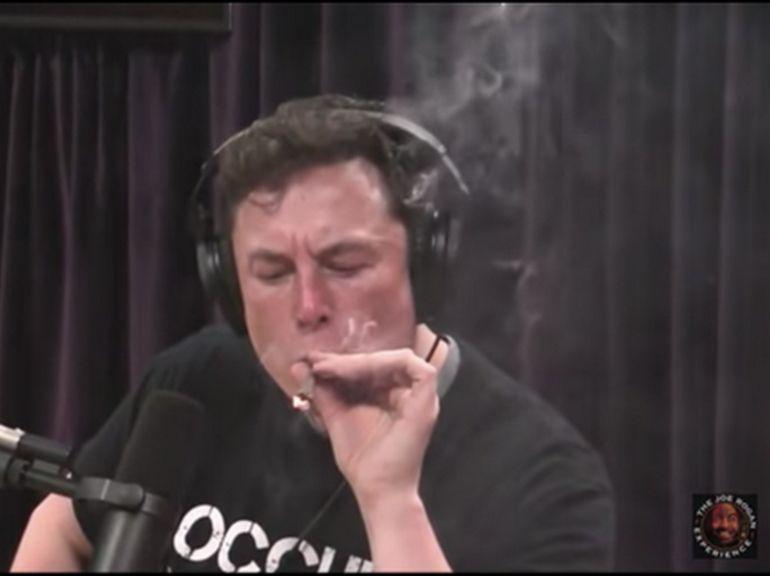 La Nasa va conduire un audit de sureté chez SpaceX et Boeing après l'épisode fumette d'Elon Musk