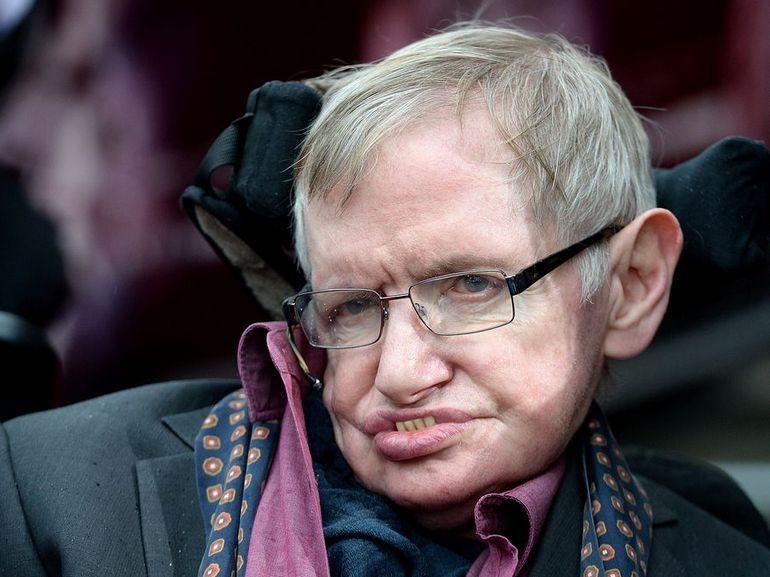 Stephen Hawking bientôt sur un billet de 50 livres sterling ?