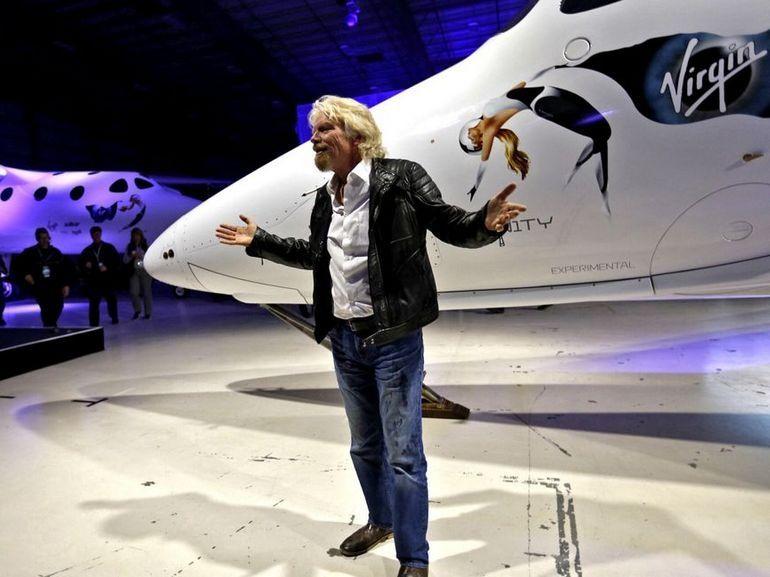 Virgin Galactic : Richard Branson pense envoyer des gens dans l'espace d'ici Noël