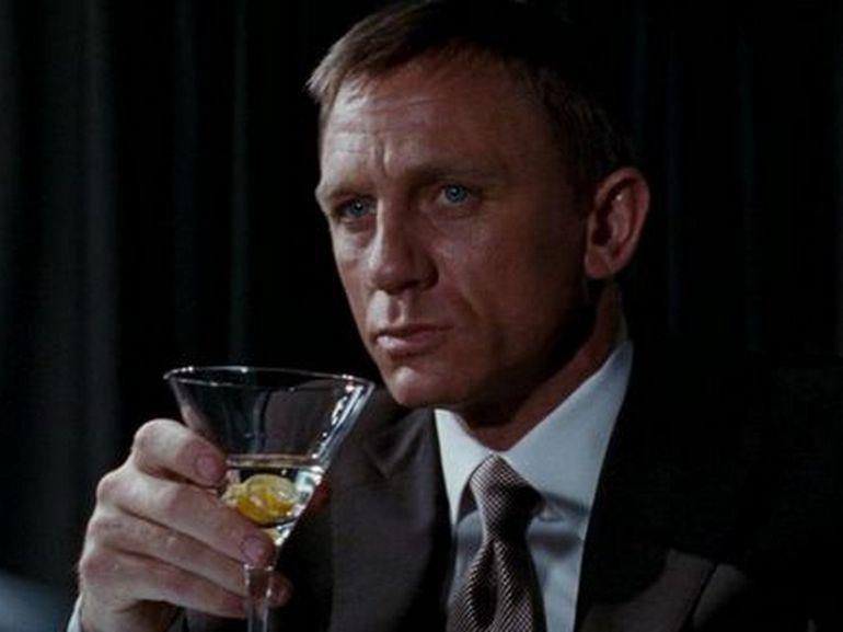 Selon les scientifiques, James Bond a un problème avec l'alcool