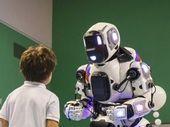 Boris, Le robot ultra réaliste était en fait...un homme déguisé