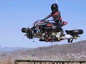 La moto volante made in France sera en precommande en octobre...pour 500 000 euros