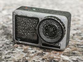 Bon plan : l'action-cam DJI OSMO avec son kit de recharge est à 249€ au lieu de 379 chez Darty