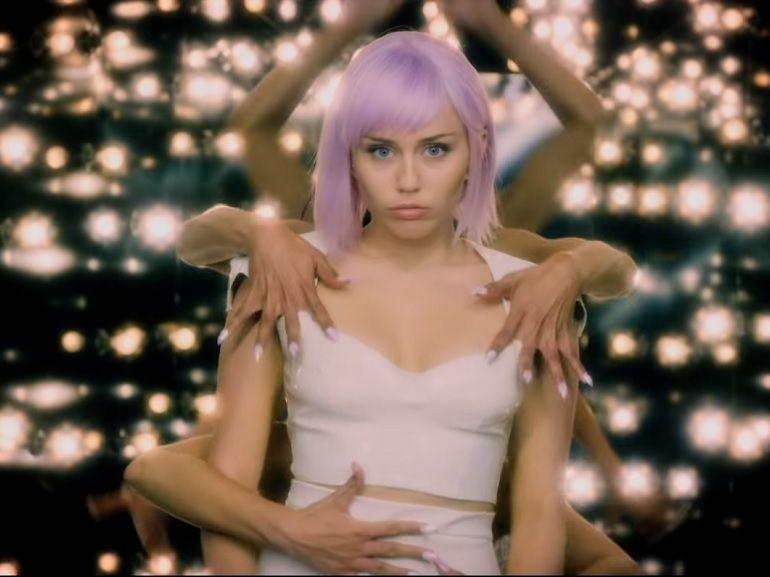 Black Mirror saison 5 : bande-annonce, date de sortie, Miley Cyrus et tout ce que vous devez savoir