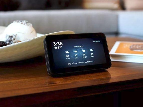 Test Amazon Echo Show 5 : Alexa sur la table de chevet