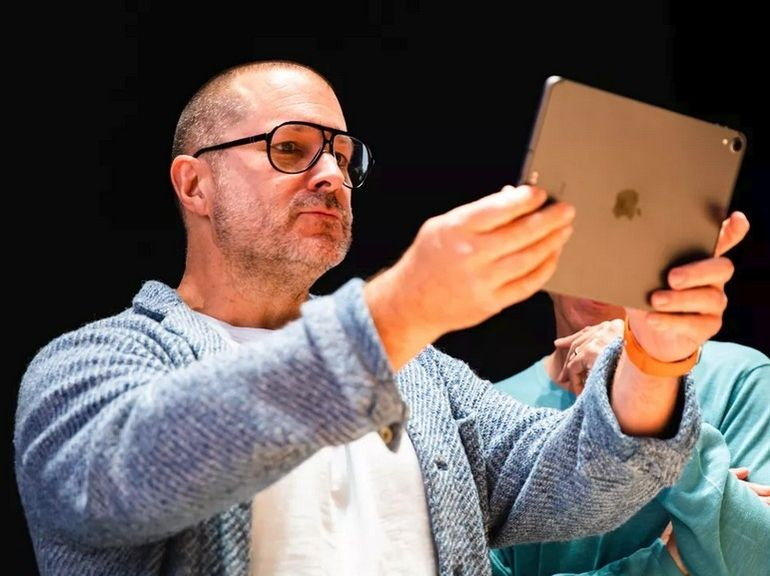 Jony Ive, le designer de l'iPhone, quitte Apple