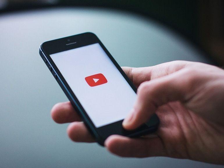 YouTube teste les commentaires cachés