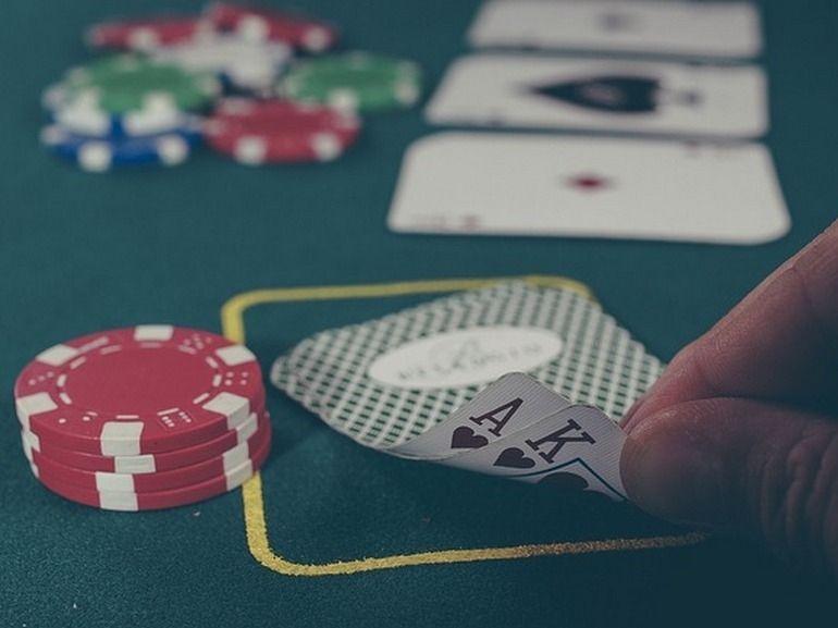 Poker : l'IA de Facebook terrasse des pros du Texas hold'em