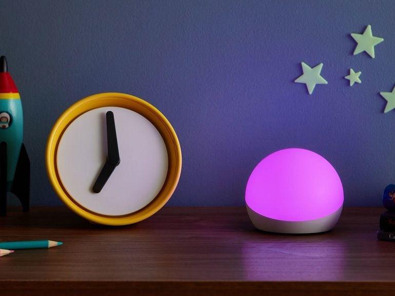 Amazon Echo Glow Light : une lampe connectée pour les enfants