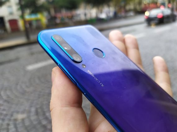 Test - Honor 20 Lite : on prend le même et on recommence ?