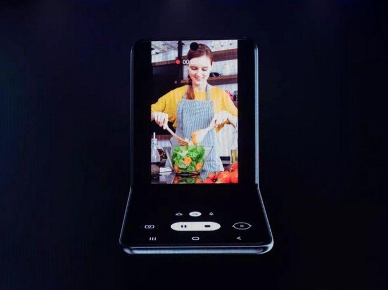 Samsung dévoile un nouveau format de smartphone pliable