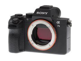 Bon plan : l'hybride plein format Sony Alpha 7 II à 869€ sur Amazon