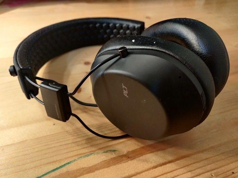 Plantronics BackBeat FIT 6100, un casque pour les sportifs qui peine à convaincre