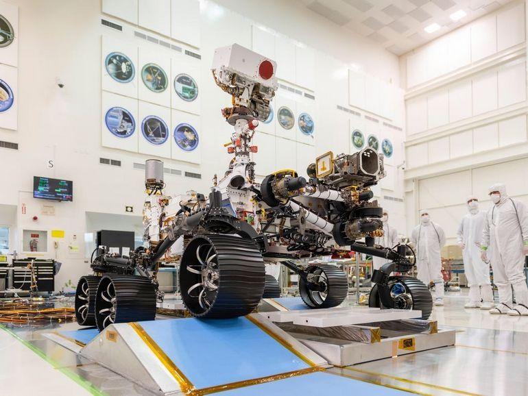 Premiers tours de roues pour le Rover Mars 2020