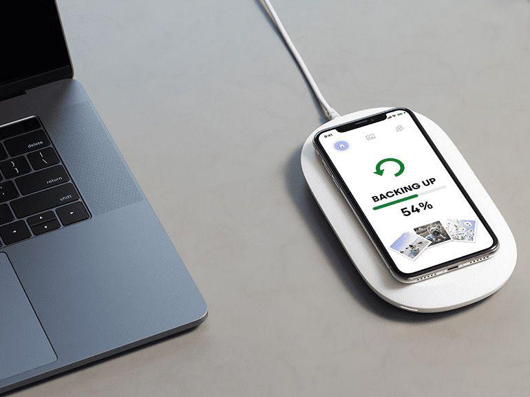 Test du Sandisk iXpand Wireless Charger : le chargeur Qi qui sauvegarde vos données
