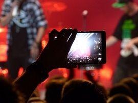 Les photos sur smartphones vont-elles tuer notre mémoire ?