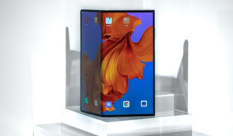 Samsung Galaxy Fold vs Huawei Mate X : la bataille des pliables a commencé