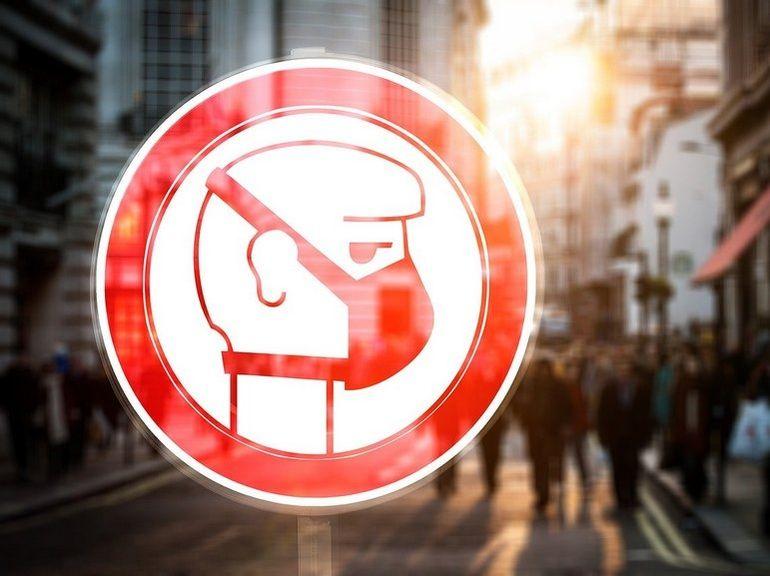 Masque et coronavirus : Amazon tente de juguler la flambée des prix