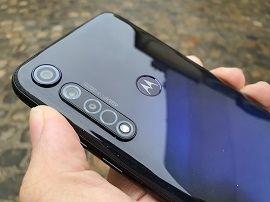 Test du Motorola Moto G8 Plus : un monstre d'autonomie qui en fait trop ou pas assez