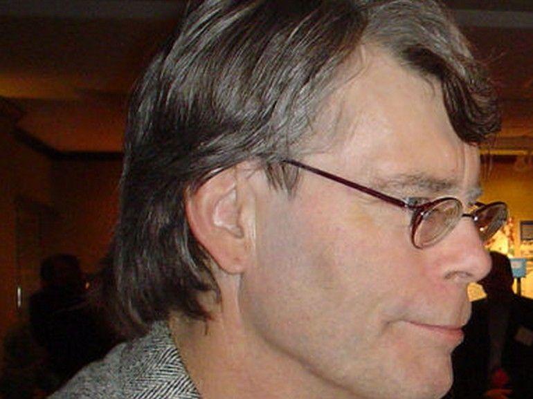 Stephen King quitte Facebook et dénonce un « déluge de fausses informations »