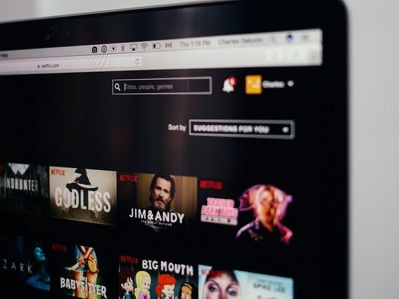 Netflix: 3 séries aussi différentes qu'excellentes à commencer et regarder d'un trait ce week-end