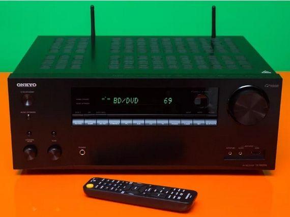 Test - Onkyo TX-NR696 : un ampli home cinéma efficace et hyperconnecté