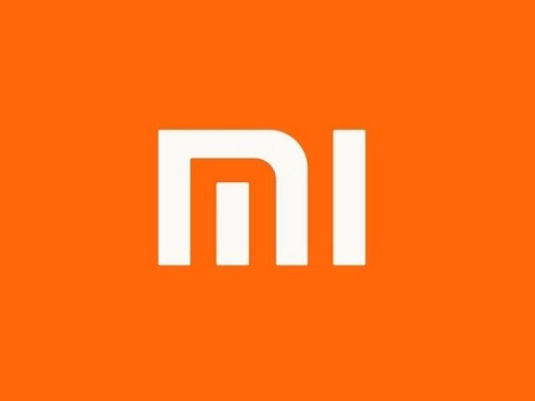 Xiaomi : un smartphone à clapet avec écran pliable Samsung dans les tuyaux ?
