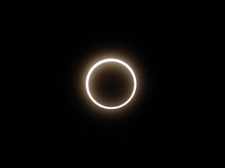 Comment suivre l'éclipse solaire annulaire « cercle de feu » du 21 juin