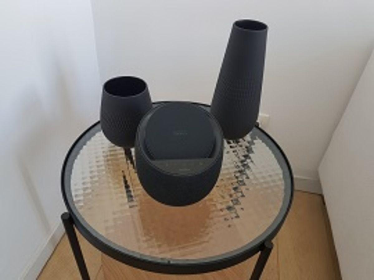 Test - Belkin SoundForm Elite : une enceinte Devialet doublée d'un chargeur sans fil, bonne idée ?