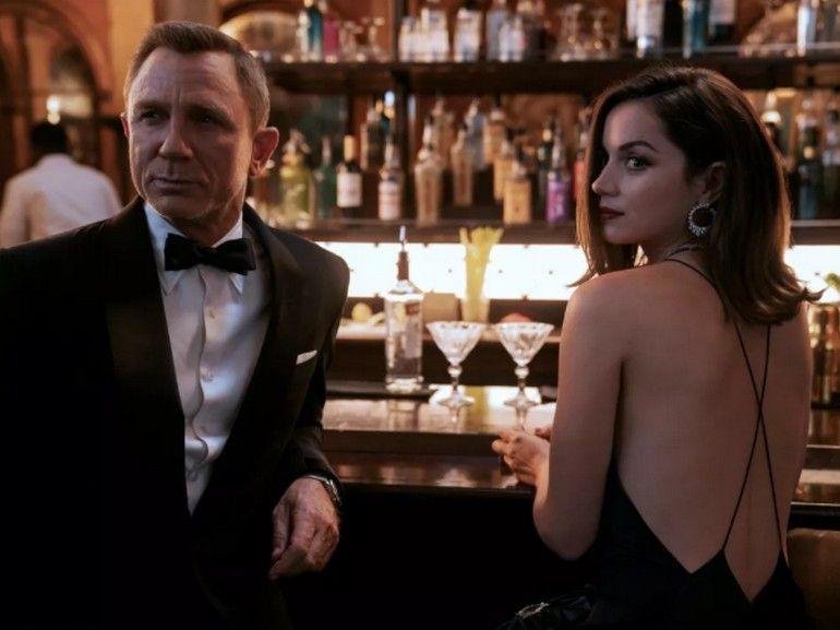James Bond : découvrez la B.O. de Billie Eilish pour Mourir peut attendre