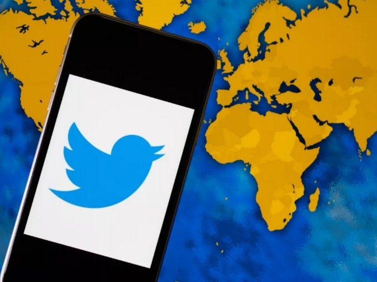 Comme Facebook, Twitter prévoirait d'interdire les contenus niant l'Holocauste