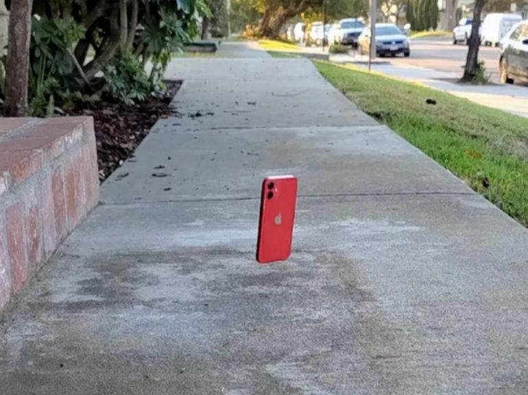 Crash-test iPhone 12 mini : le verre Ceramic Shield est-il indestructible ?