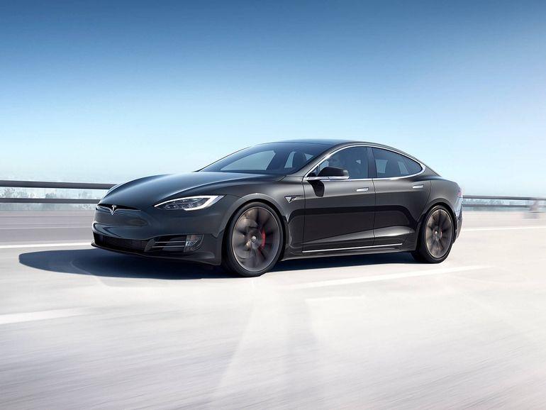 Tesla : l'intégration de la 5G se préparerait en coulisse